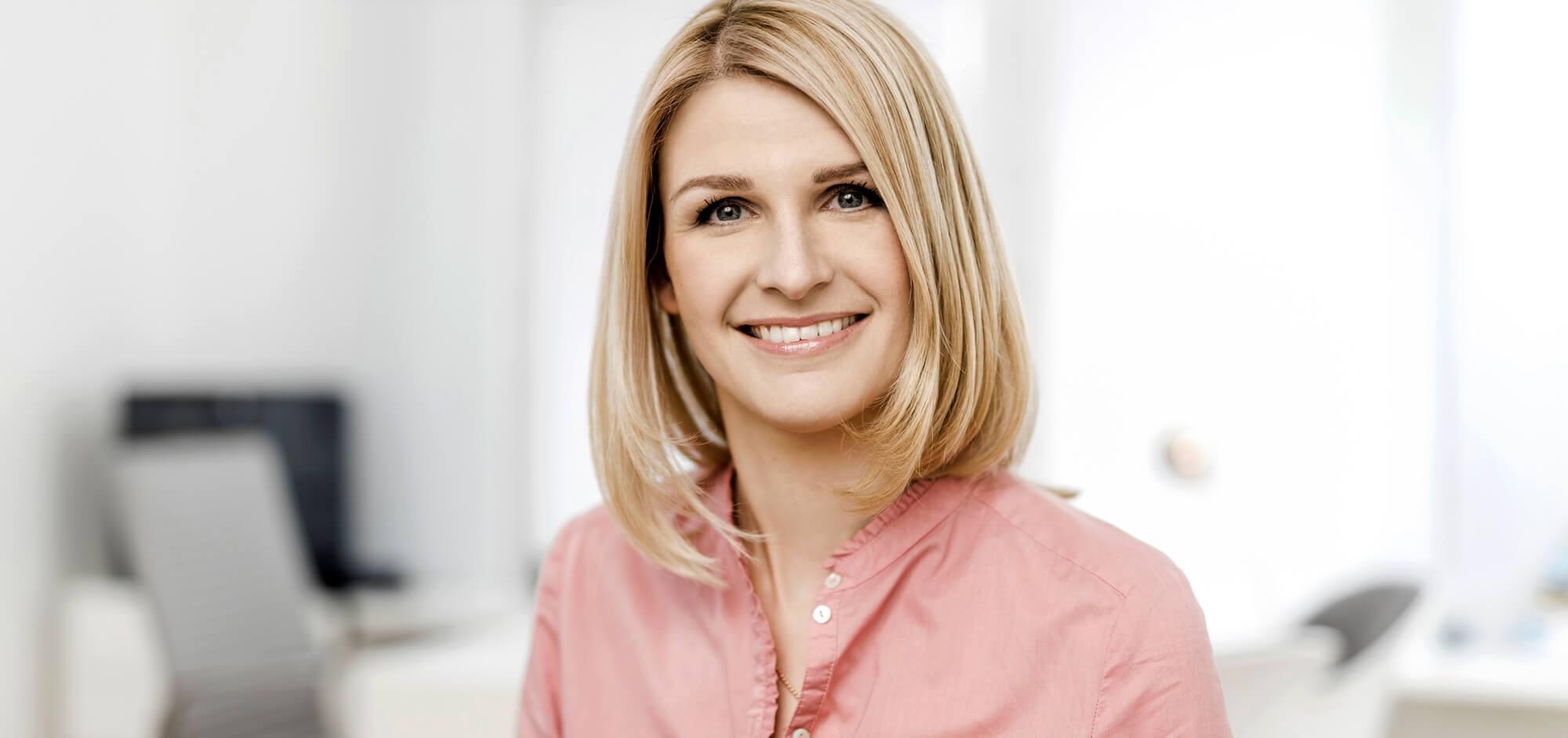 Frau Dr. Angelika Derksen, Neurologin aus Düsseldorf